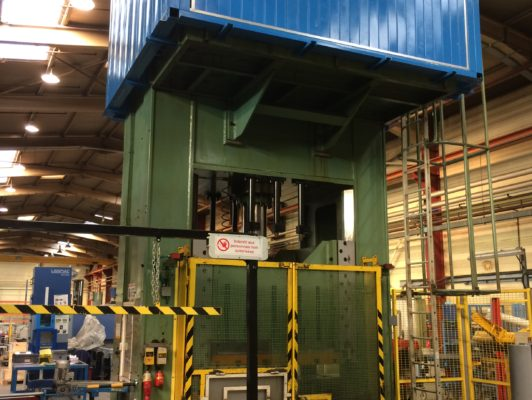 used Double Column Drawing Press - Hydraulic COMESSA PHM 2000 / 800