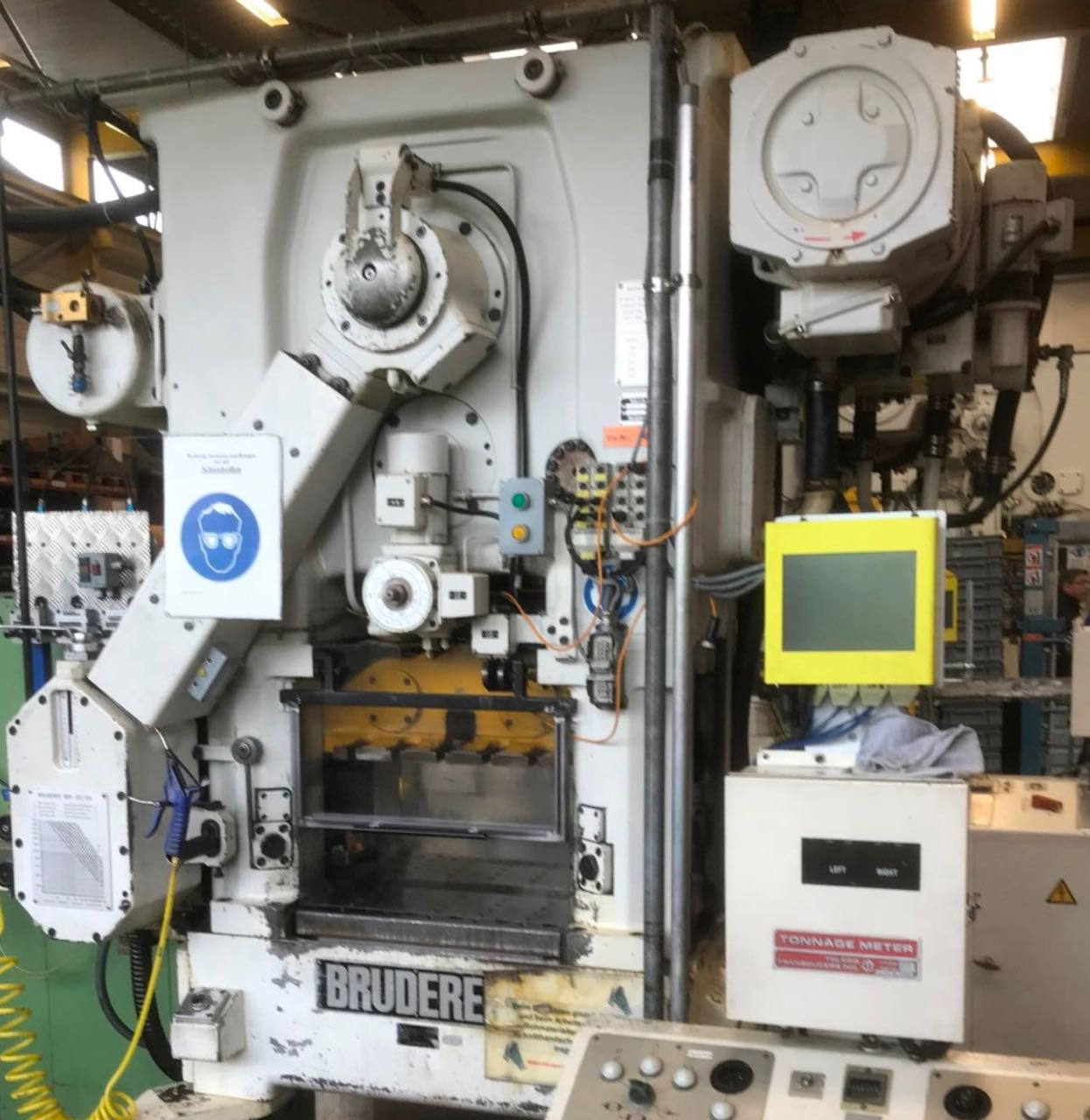 used Presses double-sided high speed press BRUDERER BSTA 25