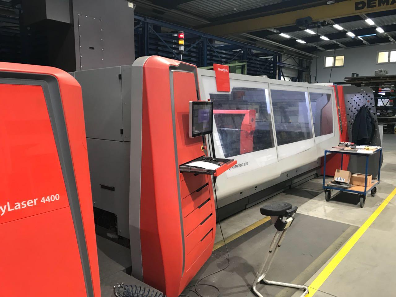Tôlerie utilisés / machine à cintrer / cintrage Machine de découpe laser Bystronic ByAutonom 3015