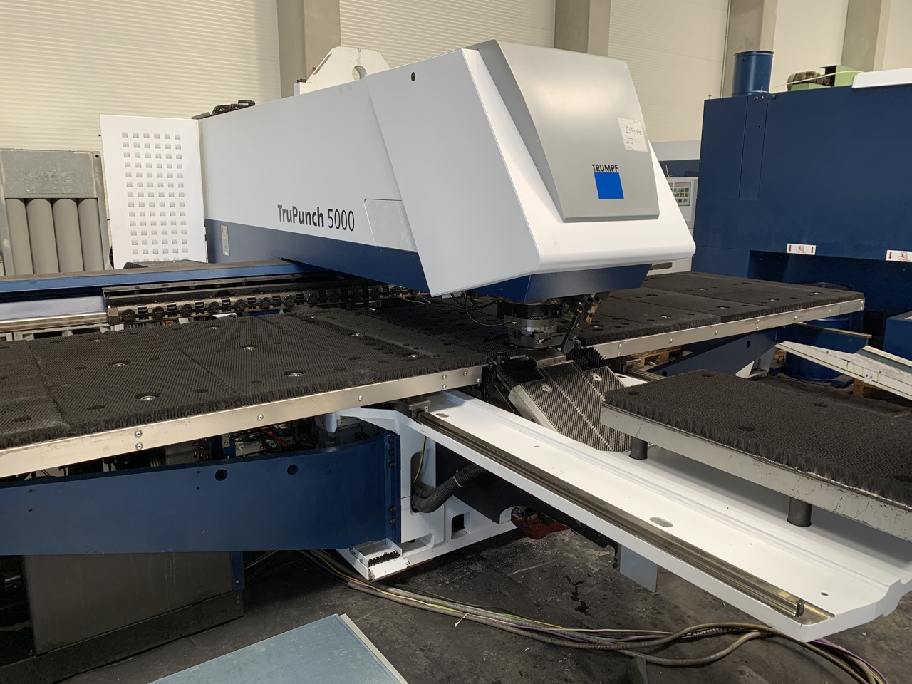 used  Stamping and Punching Machine Trumpf TruPunch 5000 - 1300
