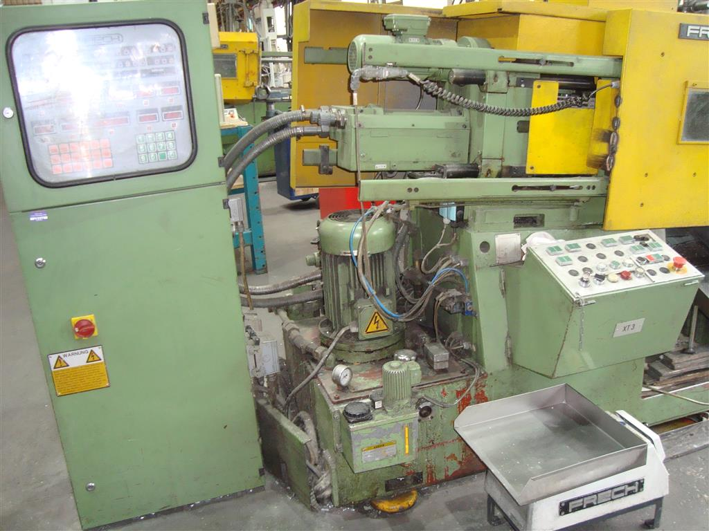 gebrauchte  Warmkammerdruckgußmaschine - Vertikal FRECH DAW 20AS