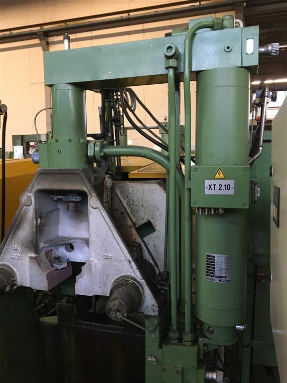 gebrauchte  Warmkammerdruckgußmaschine - Vertikal FRECH DAW 50