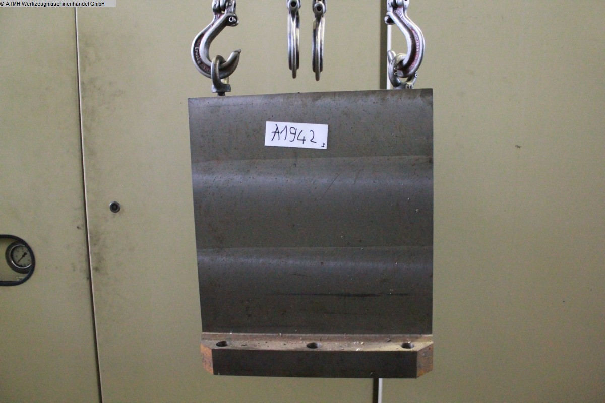 used Other Accessories for Machine Tools angle table  415x110x480 mm
