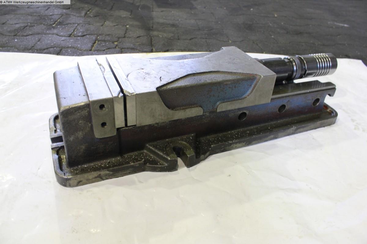used Other accessories for machine tools Vise UNBEKANT Hydraulischer Schraubstock
